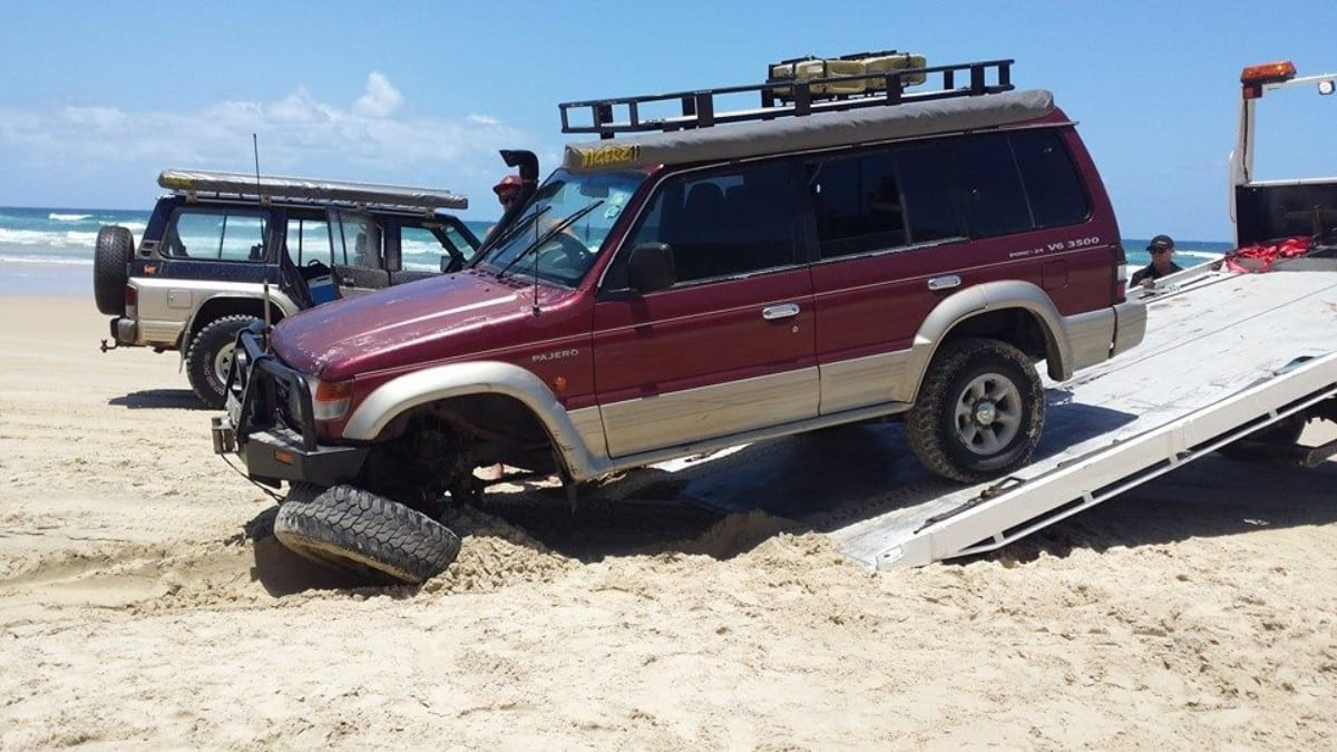 Teewah Beach Towing